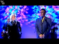 Twenty years after, Kim and Marty Wilde sing Elton John's hit again